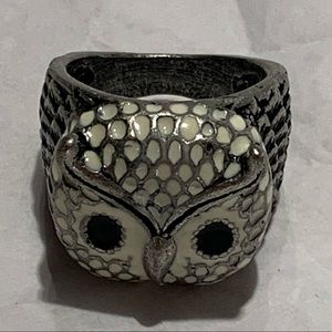 Silver Tone Enamel Owl Bird Feathers Ring 7 1/4